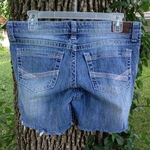 BKE  star shorts